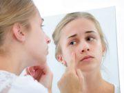 effacer les signes de fatigue sur le visage