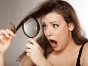 mauvaises habitudes qui abîment les cheveux