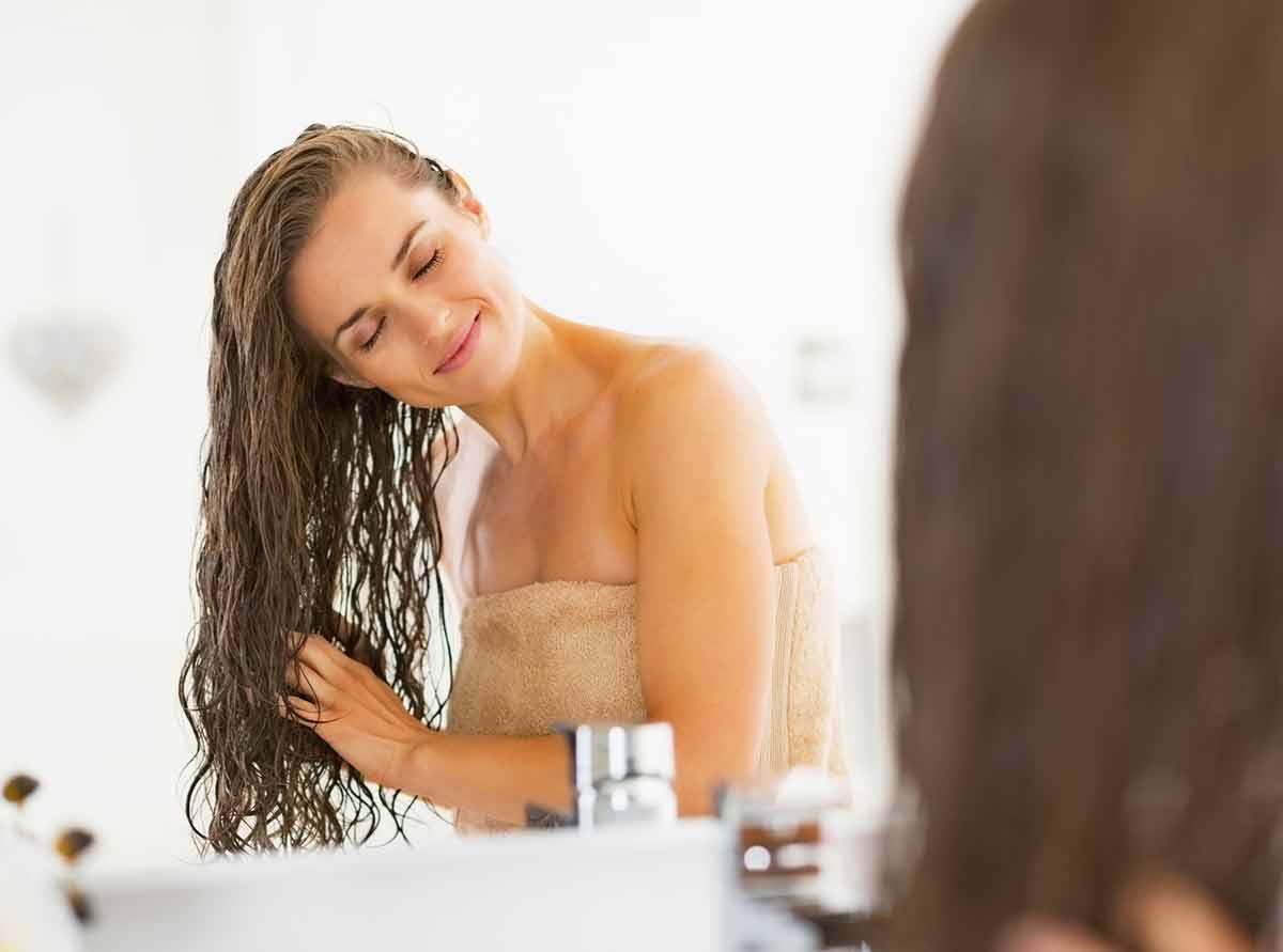 à quelle fréquence se laver ses cheveux